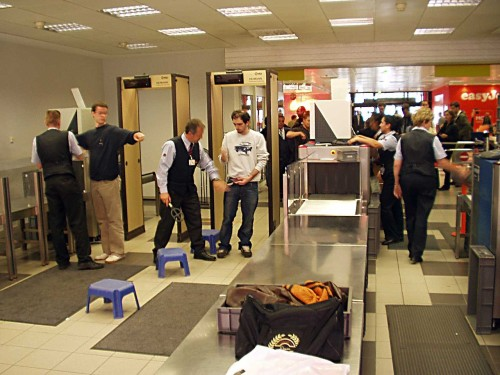 Security check at Berlin-Schönefeld airport. After 9/11 the personal control changed dramatically. After 13 years it seems that no one remembers what it looked like before. (GNU Free Documentation License) Ralf Roletschek/wikipedia