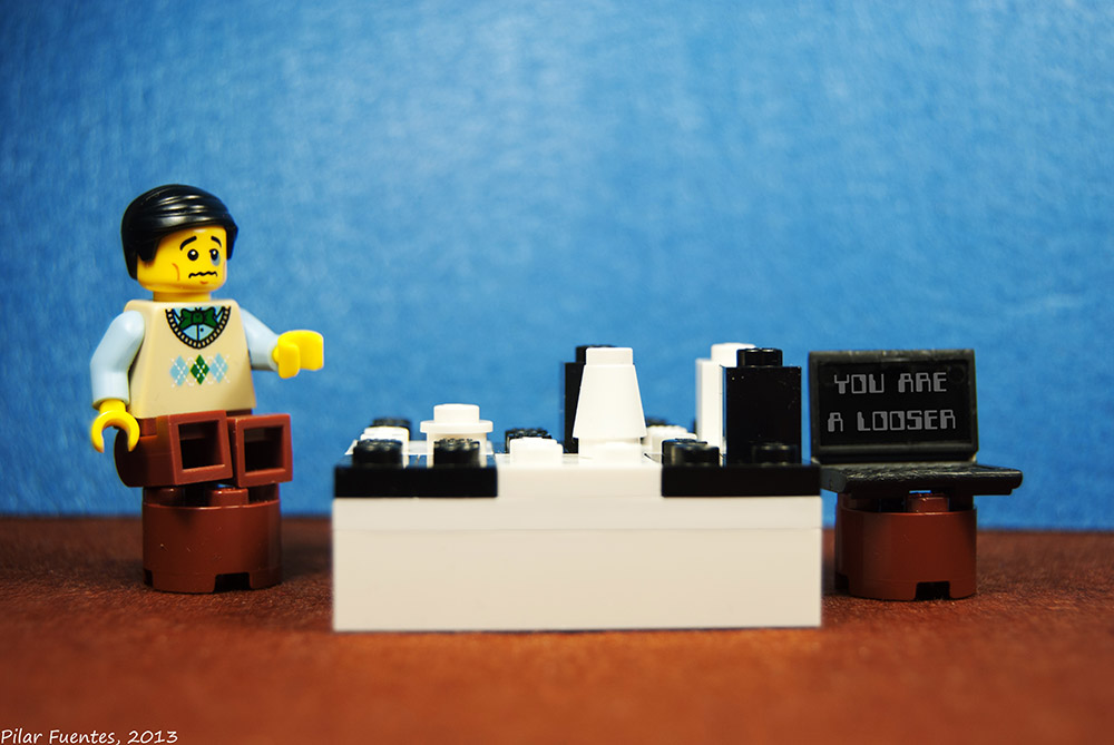 IBM Deep Blue beats Garry Kasparov (Lego) / Pilar F.G. / flickr.com
