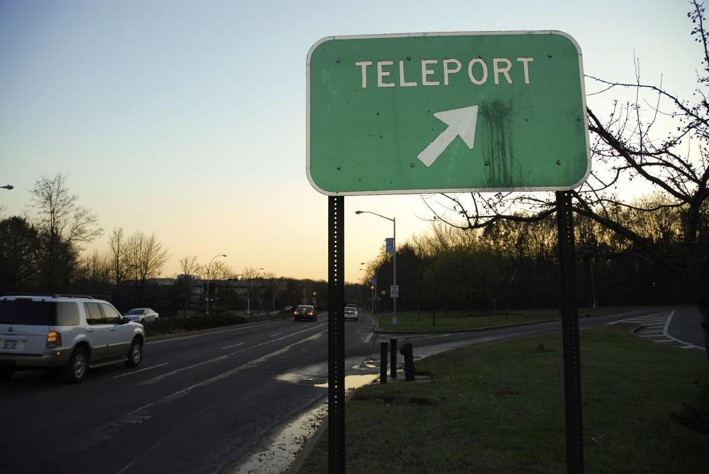 Teleport / mercurialn / flickr.com