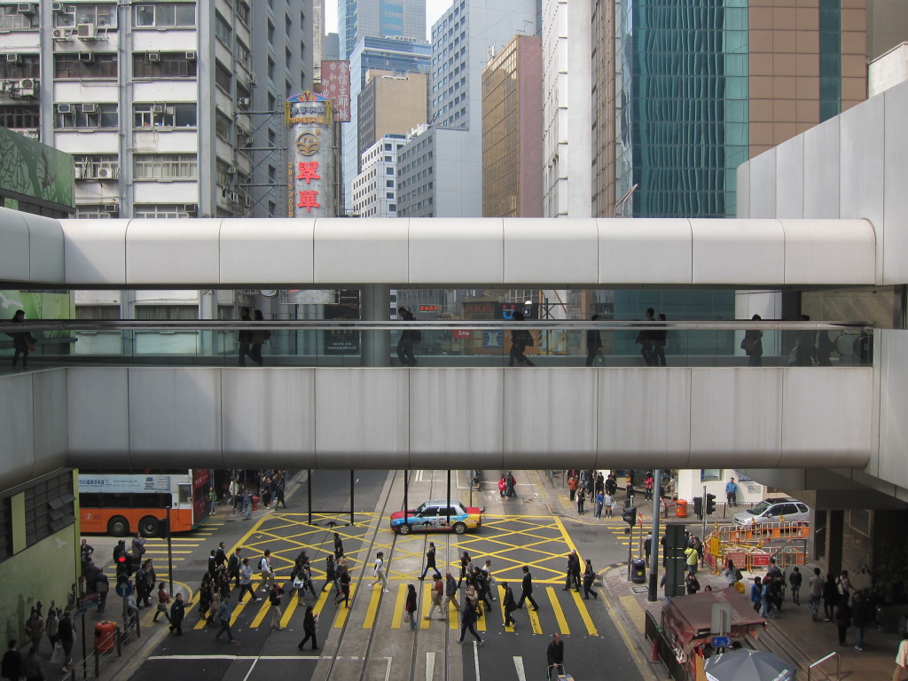 Hong Kong layered urbanism / Adam Snow Frampton